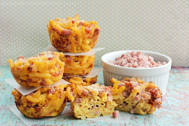 mac & cheese mixed with ham in muffin form for frugal lunch idea